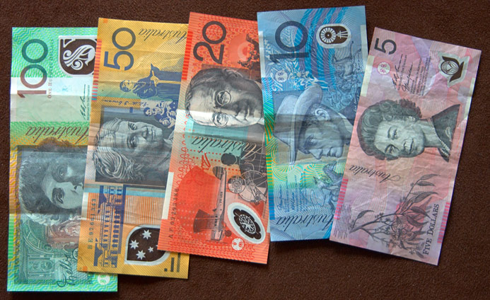 http://www.thirteenmonths.com/images/australia/auA/au_money.jpg